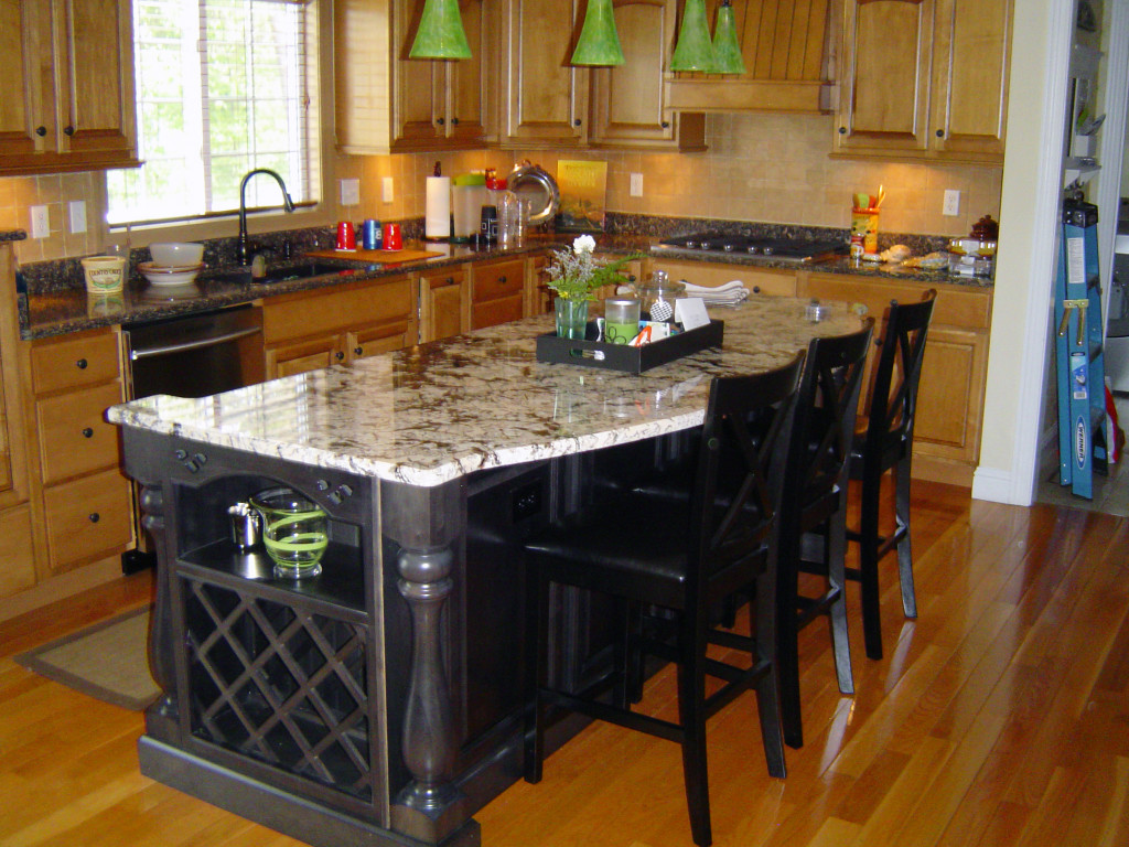 Kitchen project photo gallery lifestyle kitchens baths for Kitchen island with cupboards